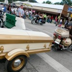 coffin-trailer-on-motorcycle