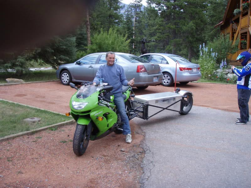 Single Wheel Motorcycle Trailers - Pull Behind Motorcycle ...